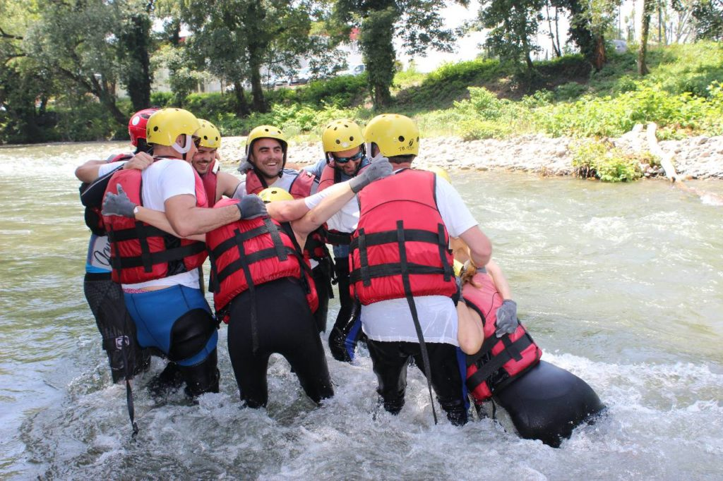 Opération sauvetage - team building - yes we raft