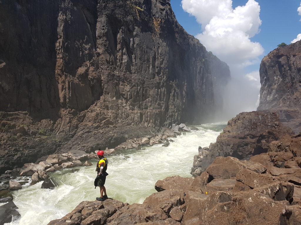 Les Minus rapides du Zambèze. Trop dur en rafting possible en kayak.